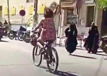 A screen grab of the viral video (Image courtesy: Twitter)