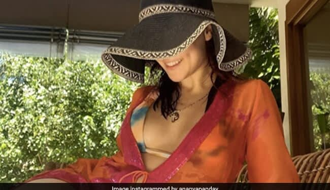 Can You Identify This Actress Vacationing In The Maldives?