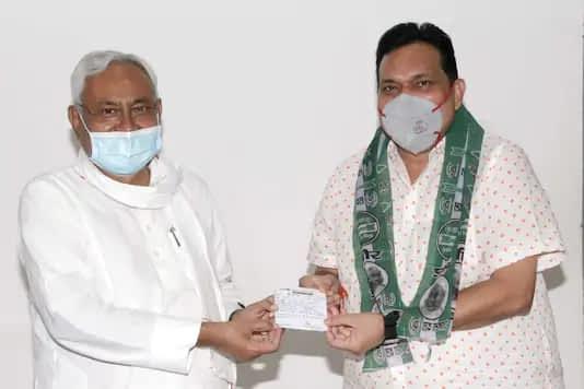 Anuj Kumar Singh with CM Nitish Kumar