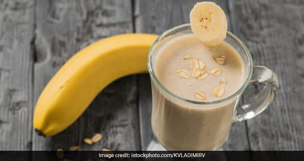 High-Protein Diet: How To Make Banana Honey Smoothie For Weight Loss